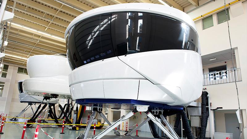 Aerospace_Verticals_Training-and-Simulation2